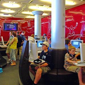 Интернет-кафе Дубенского
